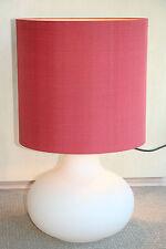 Stehlampe rot mit satiniertem Glasfuss - Höhe 68 cm