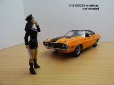 FIGURINE POLICIER PIN UP Alexa 1/18