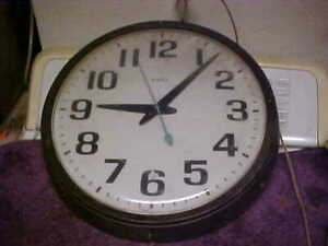 "Vintage 16"" timex  Electric Industrial/School  plastic Wall Clock"