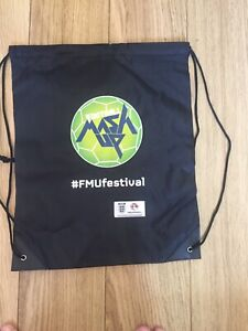 BLACK FOOTBALL / PE / KIT BAG BN