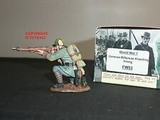 KING AND COUNTRY FW53 WORLD WAR ONE GERMAN RIFLEMAN KNEELING FIRING TOY SOLDIER