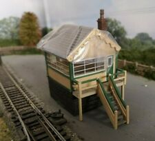 "BACHMANN 44-0042  ""Timber and Stone Signal Box"" OO Gauge"