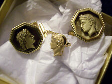 JULIUS CAESAR & MARC ANTHONY 14K DIAMOND CUFFLINKS WITH 14K CLEOPATRA TIE TAC