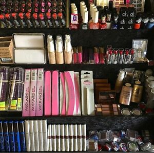 200 MIXED BRAND NEW MAKE UP COSMETICS WHOLESALE BUNDLE CLEARANCE JOBLOT L'OREAL