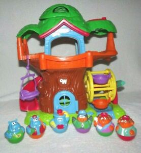 Playskool WEEBLE WOBBLES Tree House Playset w/ Musical Sounds & 6 Figures