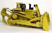 Norscot 1/50 Scale 55025 CAT D11R Track Type Tractor Diecast Construction model