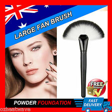 Fan Brush Foundation Tool Cosmetic Face Makeup Brush Powder Blush Brushes NEW