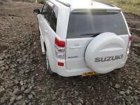 SUZUKI GRAND VITARA TAIL LIGHT PAIR RIGHT & LEFT WHITE 2005-2012