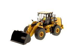 Caterpillar 1:50 scale Cat® 950M Wheel Loader 85914 Diecast Masters