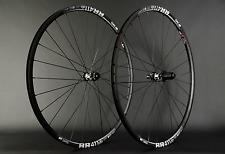 "Laufradsatz Rennrad / Cross Disc DT Swiss 350 R411 DB 28"" Sapim CX Ray 1565g NEU"