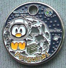 Penguin #1 2010 Pathtag GEOCACHING Pathtags Geocoin MOON EARTH Stars # 12694