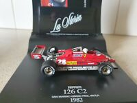 Ferrari TR61 #10 Winner LeMans 1961 Gendebien Hill mit Vitrine 1:43 Ixo