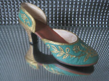 """JUST THE RIGHT SHOE """" Carved Heel """"  Rarität"""