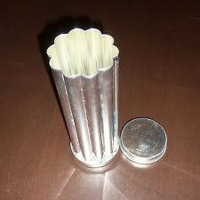 Pampered Chef Valtrompia Flower Bread Tube Pan Soap Candy for Holidays!