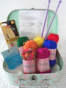 CHILDRENS Knitting Kit BEGINNERS LEARN TO KNIT Wool Needles Patterns CARRY CASE