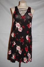 Jr Womens BLACK SHIFT DRESS Red & Pink Roses V NECK & BACK Straps RUE 21 Size M