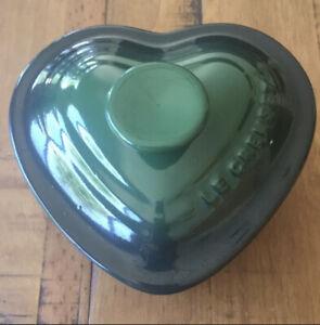 New Le Creuset Heart Ramekin/Mini Cocotte With Lid Cerise 8 Oz Green