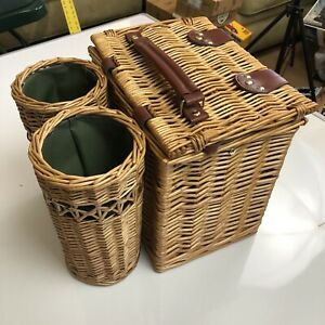 Picnic Time Vino Wine and Cheese Basket 11x 13 x11 Green Fabric Inside