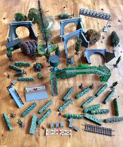 JOB LOT MODEL RAILWAY LAYOUT DIORAMA PARTS,HEDGES,TUNNEL,TREES,J&LR,PECO,AIRFIX