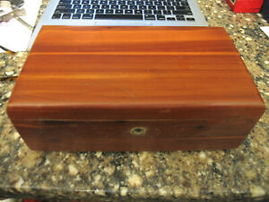 VINTAGE WOODEN MINIATURE LANE CEDAR CHEST IN GOOD USED CONDITION