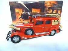 MATCHBOX YESTERYEARS 1933 CADILLAC FIRE ENGINE YFE03   [BOXED]