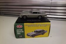 Atlas Editions; 1964 Aston Martin DB5; Silver; 1:43 Scale, Excellent Boxed (T5)