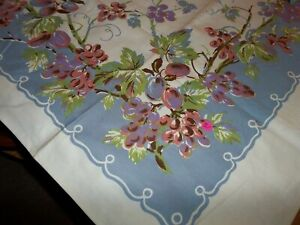 Vintage Purple Red Grapes Vines Leaves 51 x 49 Tablecloth