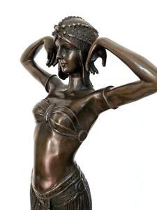 Bronze Figur nach Chiparus, Tänzerin auf Marmorsockel, Künstlersignatur Art Deco