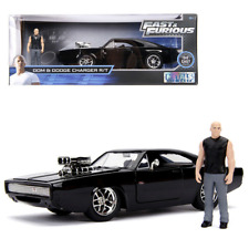 Fast and Furious Doms Dodge Charger R/T with Toretto Figure 30737 1:24