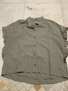 O'Neill olive green collared shirt