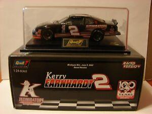 Revell 1:24 Kerry Earnhardt #2 Kannapolis Intimidators 2001 Monte Carlo