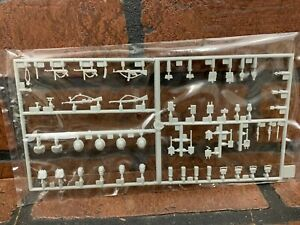 Dragon 1/35  WWII German Hedgerow Tank Hunters (Accessories ONLY) Normandy 1944