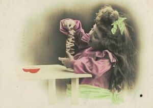 ME3645 LONG HAIRED VICTORIAN GIRL FOLDING PAPER ,SEC.QUALITY