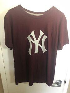New York Yankees Men's Shirt New Baseball Burgundy Medium