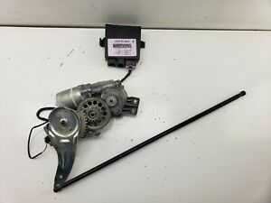 2007- 2014 CADILLAC ESCALADE Tailgate Lift Motor with rod and module