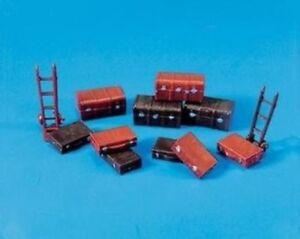 Trunks,Cases,Trolley - OO/HO Accessories - Model Scene 5062 -