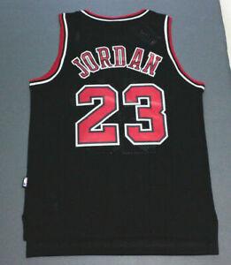 Classique Michael Jordan #23 Chicago Bulls Basketball Maillots Jersey Cousu Noir