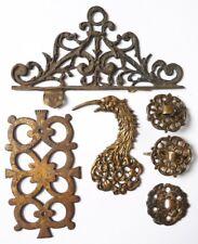 lot de plaques décoratives bronzaille pour meuble 18e siècle bronze et fer
