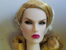 Integrity Toys Fashion Royalty Official Supermodel doll Diva Dasha  NRFB Shipper