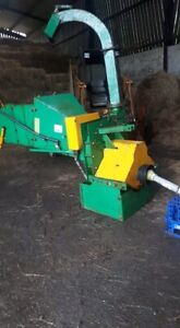 P t o Woodchipper Tractor 3point linkage good working order 360 swivel on chute