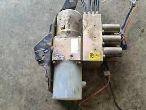 peugeot 306 convertable hydraulic roof pump and valves