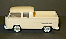 1968 VOLKSWAGEN TYPE 2 DOUBLE CAB PICKUP 1/64 SCALE DIECAST DIORAMA MODEL R
