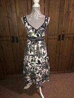 Per Una M&S Ladies Floral Black White Grey Flattering Dress Size 10