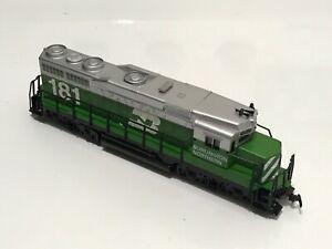 HO Scale Bachmann 0637 Burlington Northern EMD GP30 Locomotive 181