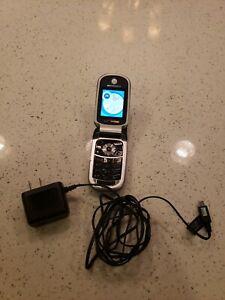 VERIZON MOTOROLA V325 MOBILE PHONE W/ CHARGER
