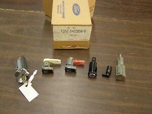 NOS OEM Ford 1992 Crown Victoria Police Car Lock Set Keys Ignition Door