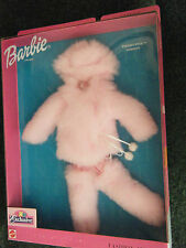 2000 BARBIE ESKIMO PINK FASHION - FASHION AVENUE - TOYS'R US EXCLUSIVE - MNRFB