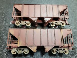 On30 Bachmann 2 bay steel hopper weathered unlettered oxide red 27999 box of 2