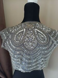 BRAND NEW SIZE SMALL GREY AND SILVER SPARKLY BEADED AND SEQUIN DETAIL BOLEREO