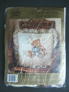CANDAMAR DESIGNS INC TEDDY ON LACE PILLOW CANDLEWICKING EMBROIDERY KIT USED F